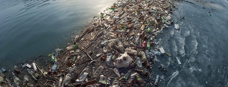 Situazione dell'isola di plastica nel mare Tirreno