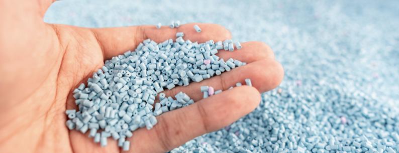 Scaglie di plastica e PET per la produzione industriale