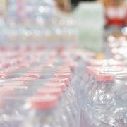 le bottiglie di plastica in italia sono veramente essenziali
